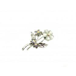 Брошка Котяче око квітка біла 45*30 мм.