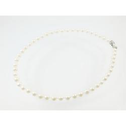 Ожерелье Жемчужины белые 8 мм узелок